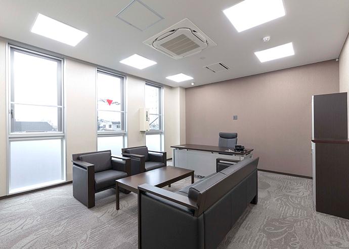 美和設備工業株式会社 応接室